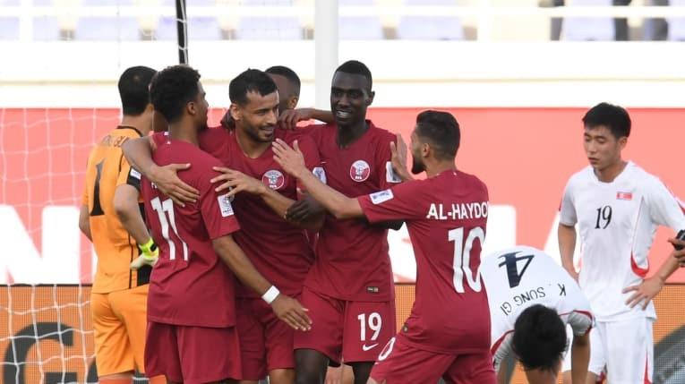 Đội tuyển Qatar hạ Triều Tiên với tỷ số kiểu tennis - Ảnh 3.