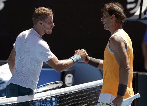 Australian Open: Sharapova, Nadal thắng trắng trong trận ra quân - Ảnh 2.