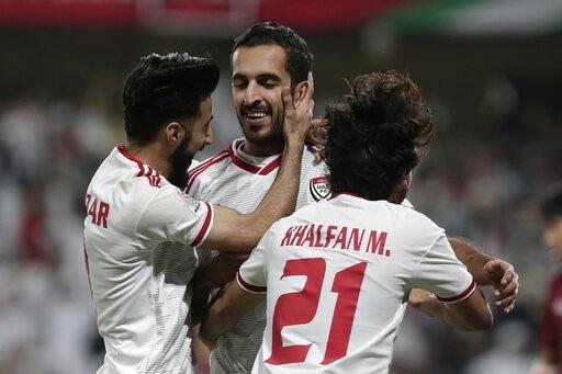 UAE 1-1 Thái Lan: Dắt tay nhau đi tiếp - Ảnh 8.