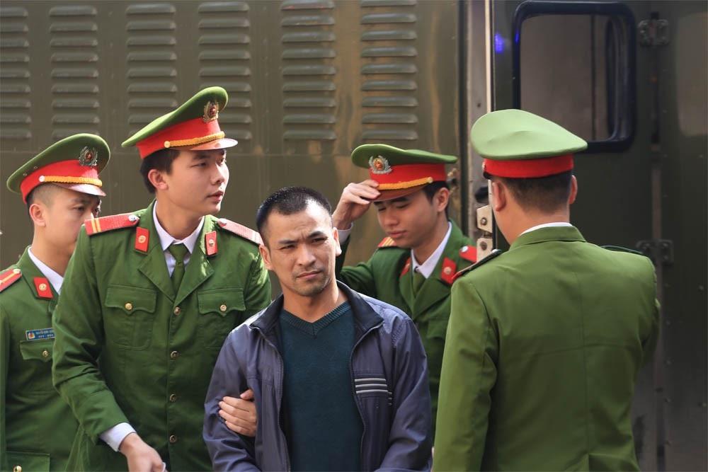"""Cựu giám đốc BV Hòa Bình: Sự cố chạy thận khiến bị cáo """"đau trên nhiều phương diện"""" - Ảnh 2."""
