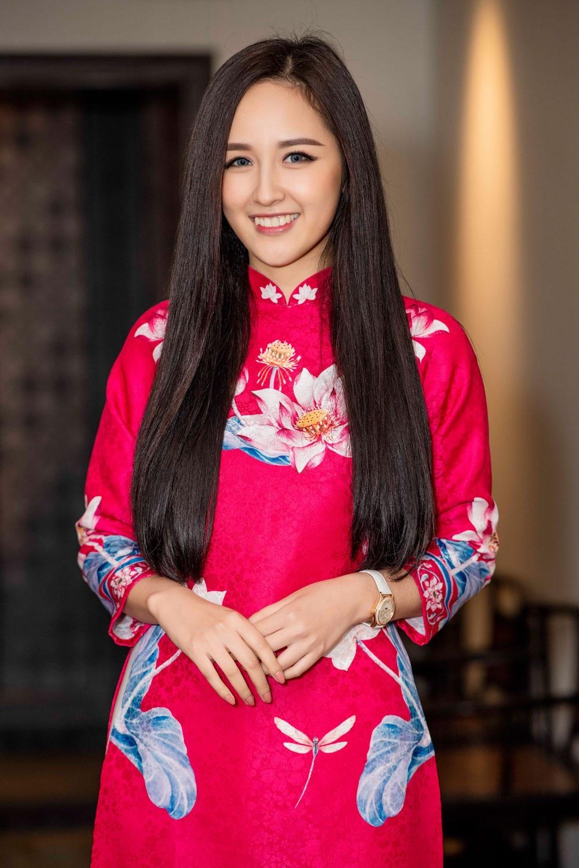 """Á hậu Huyền My gợi cảm """"đọ dáng"""" cùng Hoa hậu Mỹ Linh - Ảnh 9."""