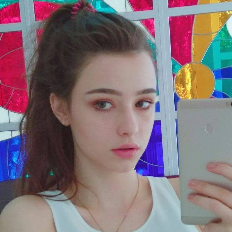 """Chân dung cô gái xinh đẹp được dân mạng ngợi ca là """"thiên thần Instagram"""" - Ảnh 4."""