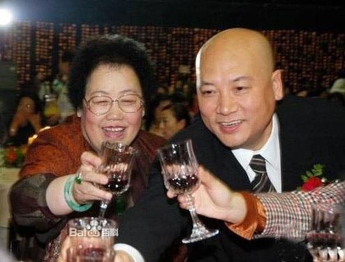 Cuộc hôn nhân viên mãn của Đường Tăng Trì Trọng Thụy và bà xã siêu giàu - Ảnh 4.