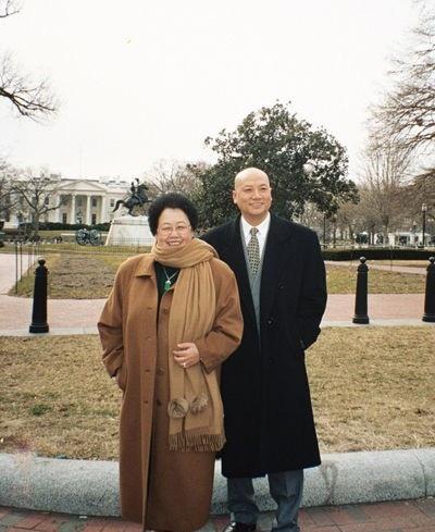 Cuộc hôn nhân viên mãn của Đường Tăng Trì Trọng Thụy và bà xã siêu giàu - Ảnh 1.