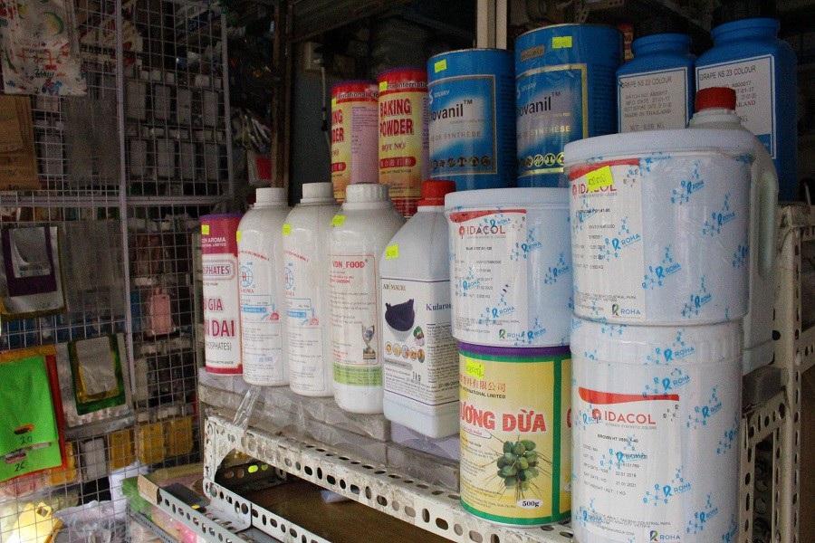 """Ngăn chặn hóa chất nguy hại từ chợ """"tử thần"""" mùa Tết - Ảnh 1."""