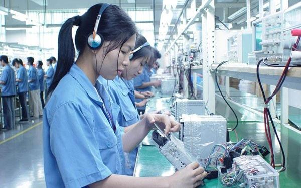 Hà Nội: Lao động có tay nghề giỏi sẽ được trả lương từ 7,4 triệu/người/tháng - Ảnh 1.