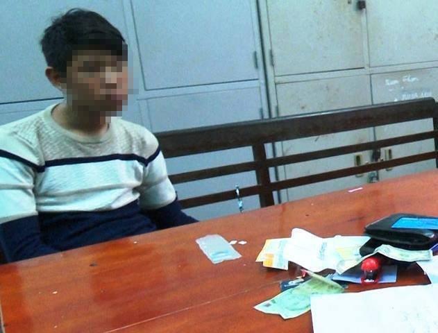 Bắt 2 thanh thiếu niên ngoại tỉnh vượt hơn 100km đi tiêu thụ xe máy trộm cắp - Ảnh 1.