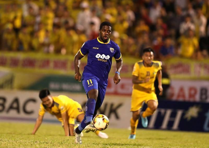 CLB bóng đá Thanh Hóa ra mắt logo, trang phục mới - Ảnh 2.