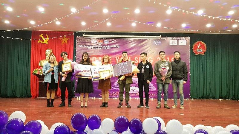 Nữ sinh ĐH Hà Nội giành quán quân cuộc thi hát tiếng Anh - Ảnh 5.