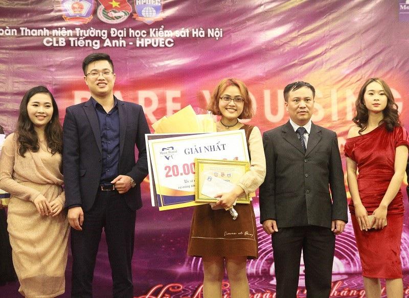 Nữ sinh ĐH Hà Nội giành quán quân cuộc thi hát tiếng Anh - Ảnh 2.