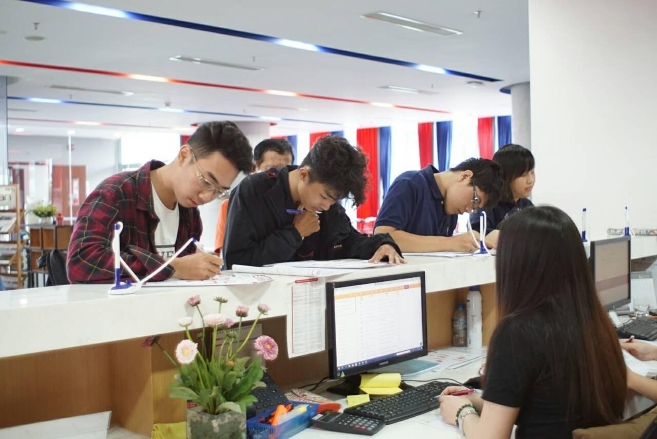 Trường đại học tư đầu tiên phía Nam tổ chức thi đánh giá năng lực riêng - Ảnh 1.