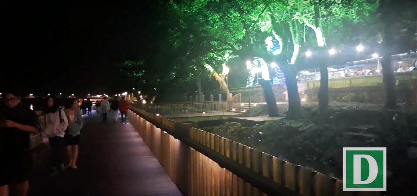 Thích thú với đường đi bộ bên sông Hương tuyệt đẹp về đêm - Ảnh 8.