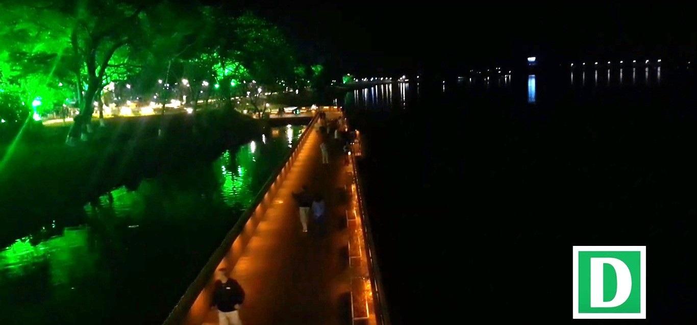Thích thú với đường đi bộ bên sông Hương tuyệt đẹp về đêm - Ảnh 10.