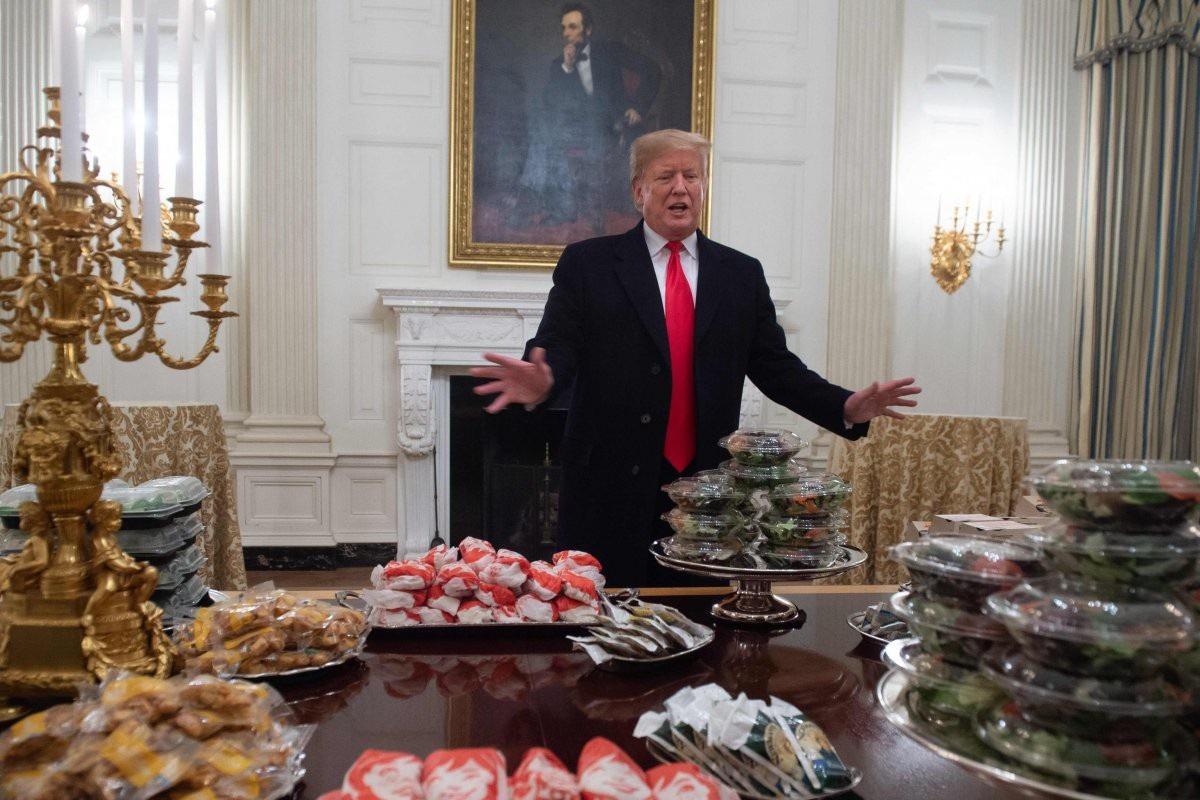 Ông Trump chi 3.000 USD tổ chức tiệc toàn đồ ăn nhanh ở Nhà Trắng - Ảnh 2.