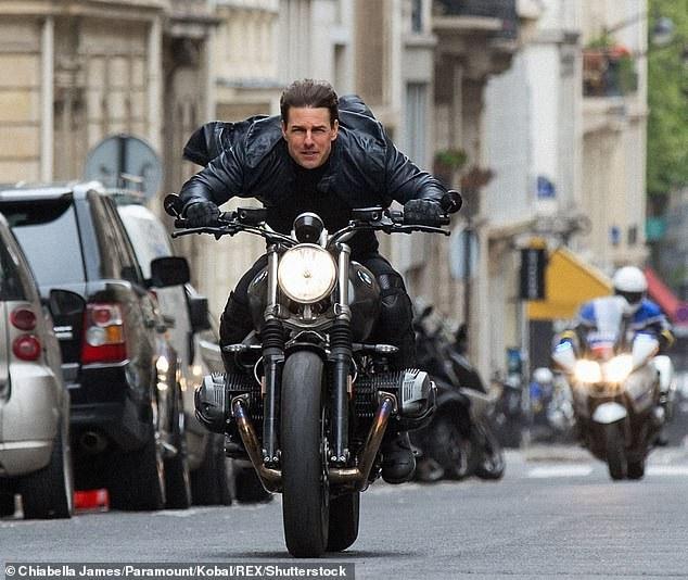 Tom Cruise sẽ còn thực hiện Nhiệm vụ bất khả thi tới năm... 60 tuổi - Ảnh 1.