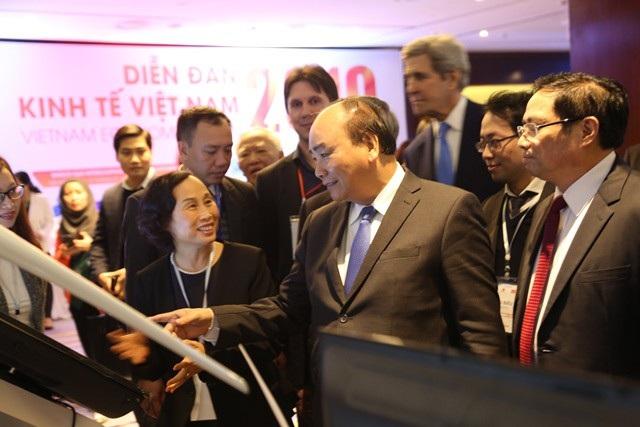 Thủ tướng: Việt Nam có nhiều lợi thế để bắt kịp với dòng chảy chính của nền kinh tế số - Ảnh 1.