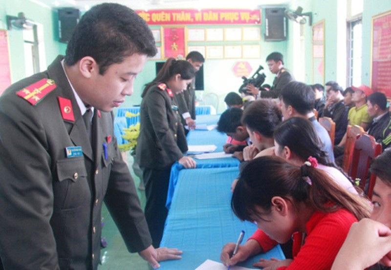 Thanh Hoá: Gần 2.000 người lao động trái phép tại Trung Quốc - Ảnh 2.