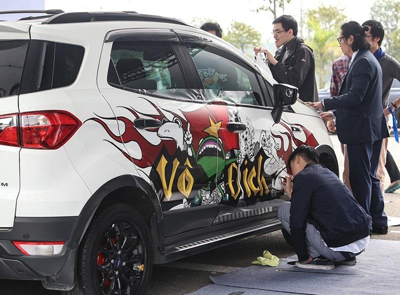 Ford tri ân khách hàng EcoSport với Small SUV BIG FUN - Ảnh 3.