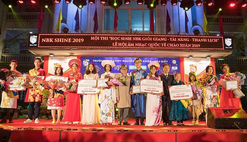 Chung kết cuộc thi học sinh giỏi giang - tài năng - thanh lịch trường Nguyễn Bỉnh Khiêm - Ảnh 6.