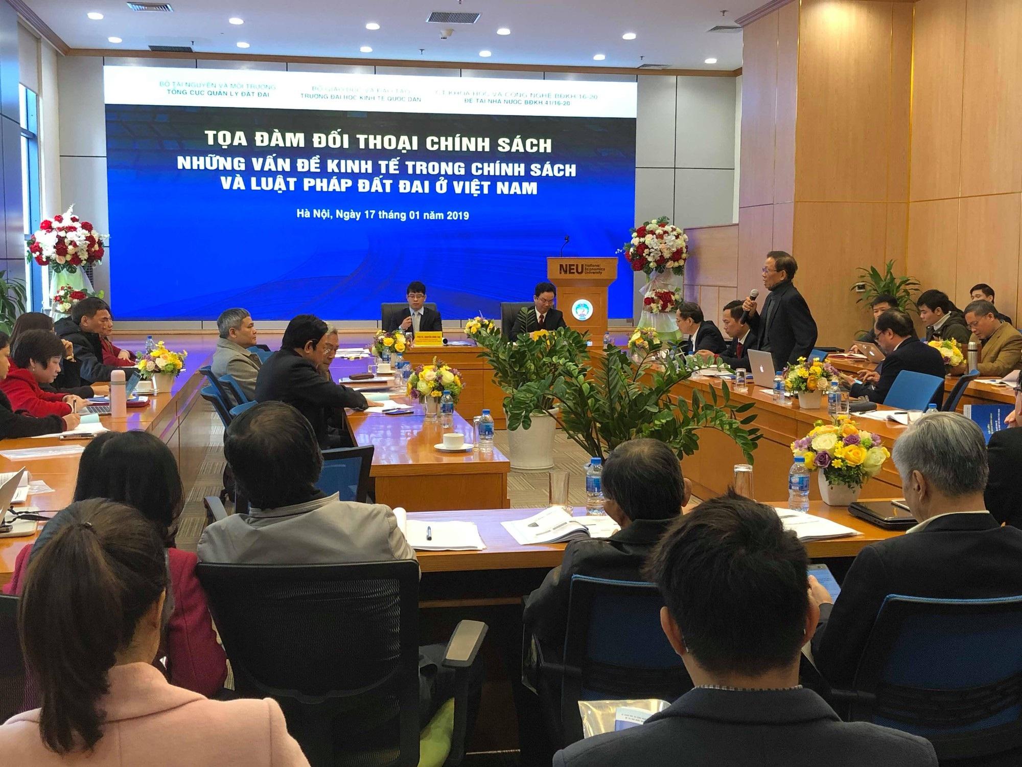 Thị trường đất đai tại Việt Nam vẫn dùng thủ thuật để tăng giá trị - Ảnh 1.