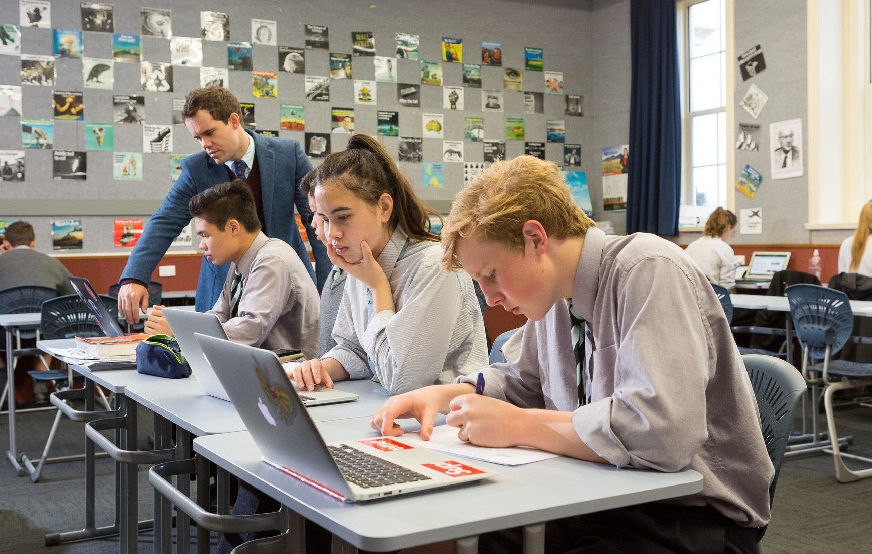 Chính phủ New Zealand cấp học bổng riêng cho học sinh Việt Nam - Ảnh 1.