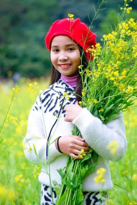 Hình ảnh đáng nhớ sau một ngày rong chơi chiêm ngắm vườn hoa cải vàng.