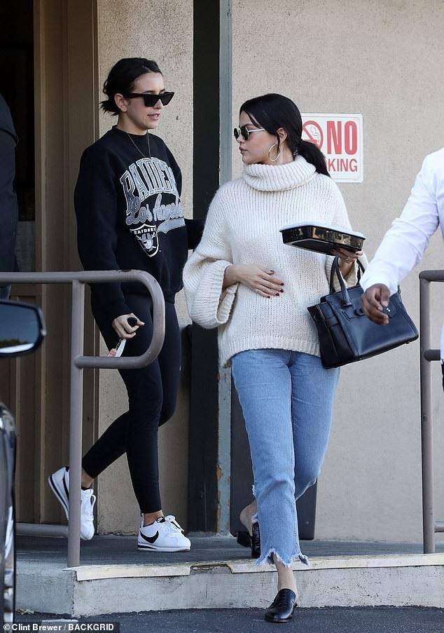 Selena Gomez dành những ngày đầu năm mới tại Los Angeles.