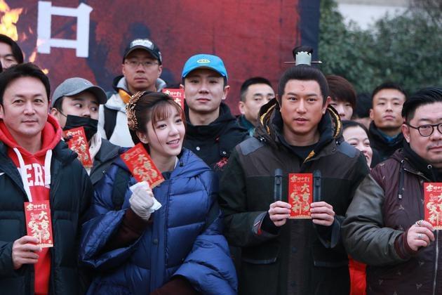 """Vào vai Bao Thanh Thiên, nam diễn viên phải tăng cân """"mãnh liệt"""" - 3"""