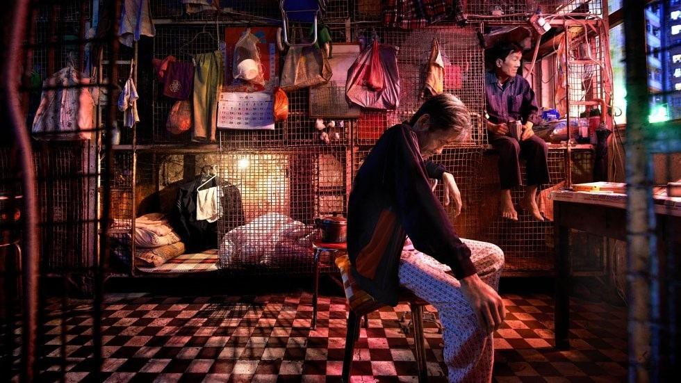 """Cuộc sống khốn cùng tại """"thiên đường hoa lệ"""" Hong Kong - Ảnh 1."""