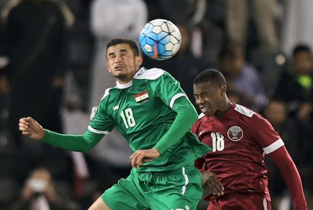 Ayman Hussein là cầu thủ lớn tuổi nhất trên hàng tiền đạo đội Iraq: 22 tuổi và có 23 lần khoác áo đội bóng Tây Á