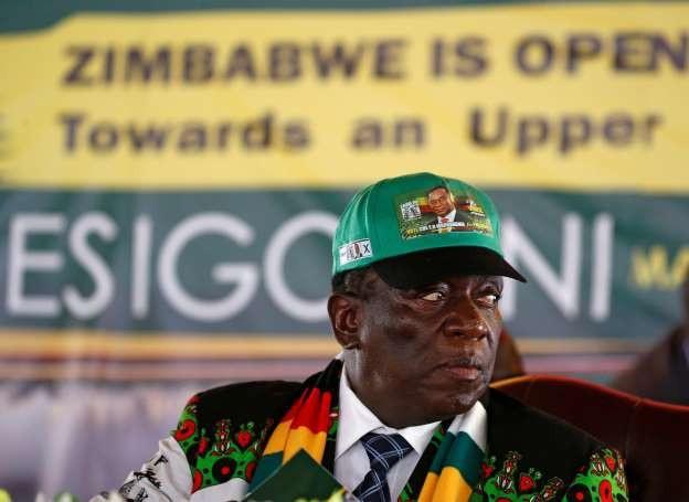 Chính quyền của ông Mnangagwa hiện đang vật lộn để khôi phục nền kinh tế của Zimbabwe. (Nguồn: Reuters)