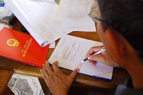 Bộ trưởng Trần Hồng Hà khẳng định, 3% đất đai trên cả nước chưa được cấp sổ đỏ là rất lớn (Ảnh minh hoạ).