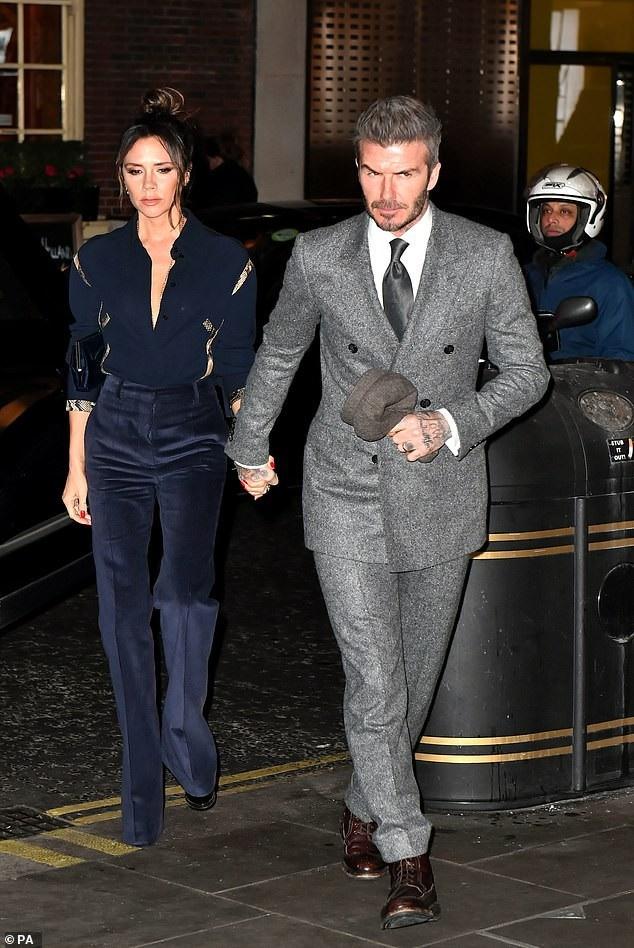 Vợ chồng Beckham đẹp đôi dự tiệc - Ảnh 2.