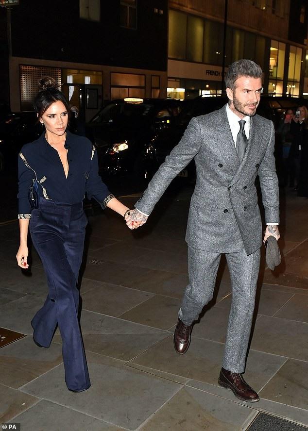 Vợ chồng Beckham đẹp đôi dự tiệc - Ảnh 3.