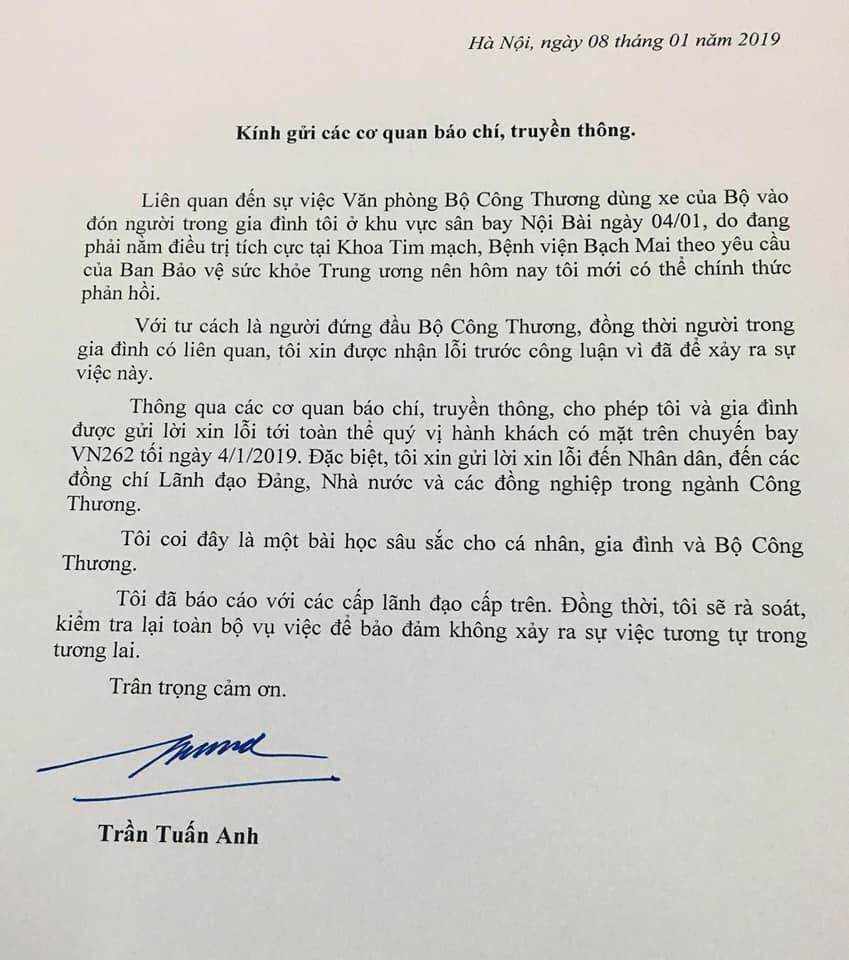 Bộ trưởng Trần Tuấn Anh xin lỗi vụ lấy xe công đi đón người nhà ở sân bay - Ảnh 1.