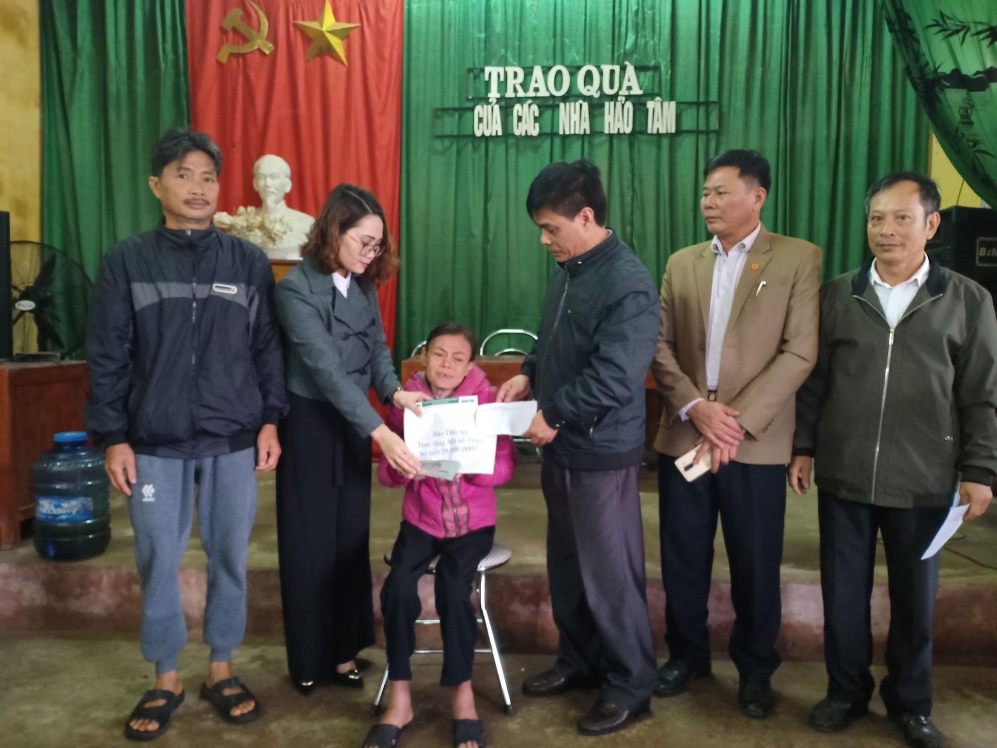 Bạn đọc giúp đỡ gia đình bà Vũ Thị Tâm gần 60 triệu đồng - Ảnh 1.