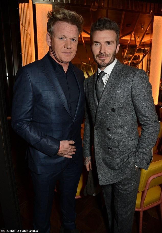 Vợ chồng Beckham đẹp đôi dự tiệc - Ảnh 7.