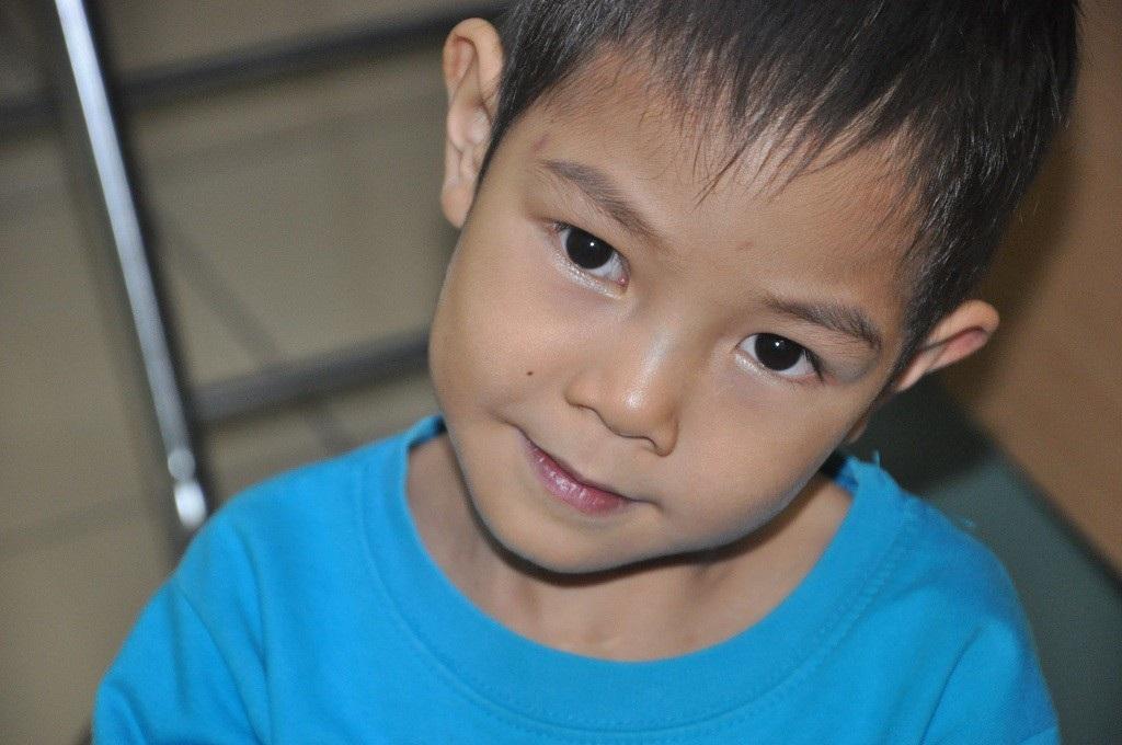 Bạn đọc giúp cậu bé 5 tuổi phải mổ tim lần thứ 5 hơn 172 triệu đồng - Ảnh 3.