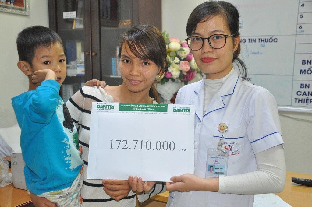 Bạn đọc giúp cậu bé 5 tuổi phải mổ tim lần thứ 5 hơn 172 triệu đồng - Ảnh 2.