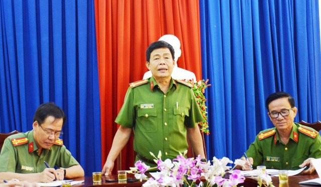 Bắt 2 cán bộ phòng khám không liên quan đến khiếu kiện Chủ tịch tỉnh Cà Mau - Ảnh 1.