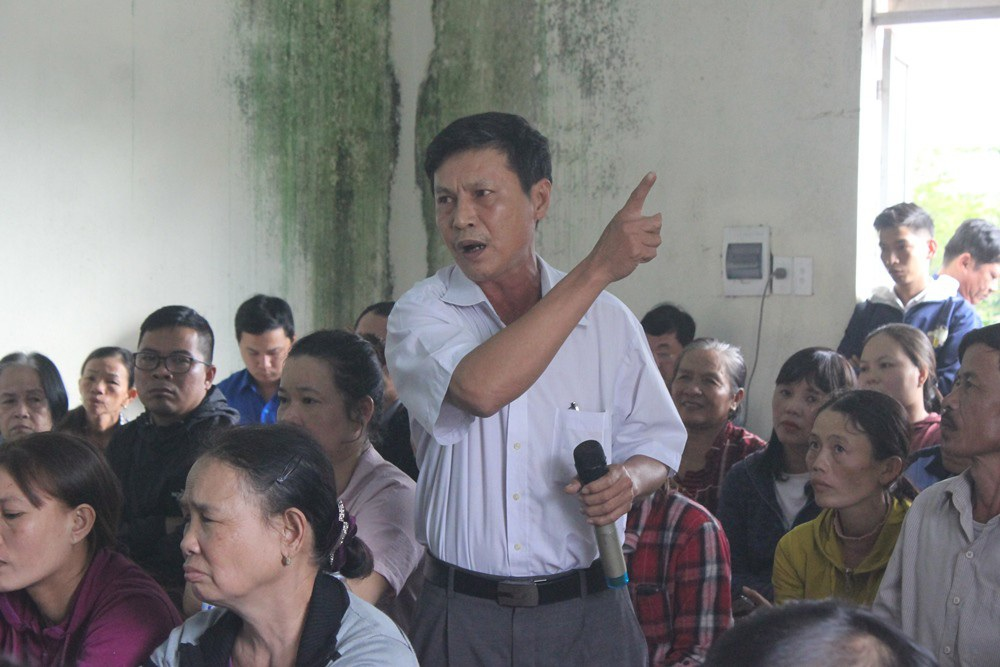 Đà Nẵng: Dân chặn xe vào bãi rác, đề nghị đối thoại với lãnh đạo thành phố - Ảnh 3.