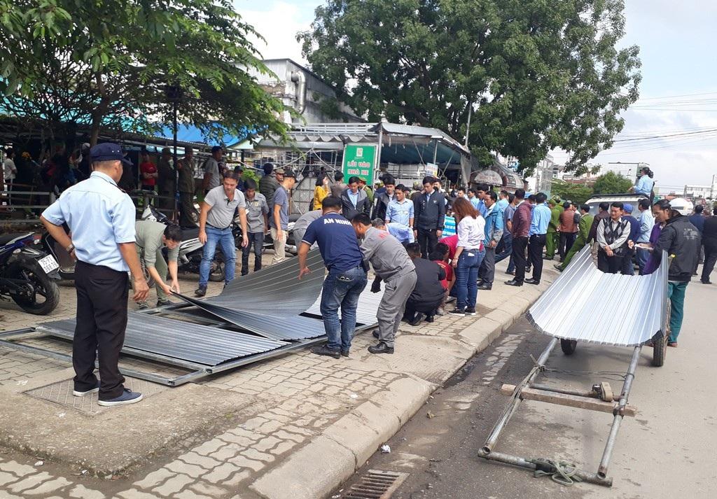 Phong toả trung tâm mua sắm trái phép chống lệnh Chủ tịch tỉnh Thừa Thiên Huế! - Ảnh 2.