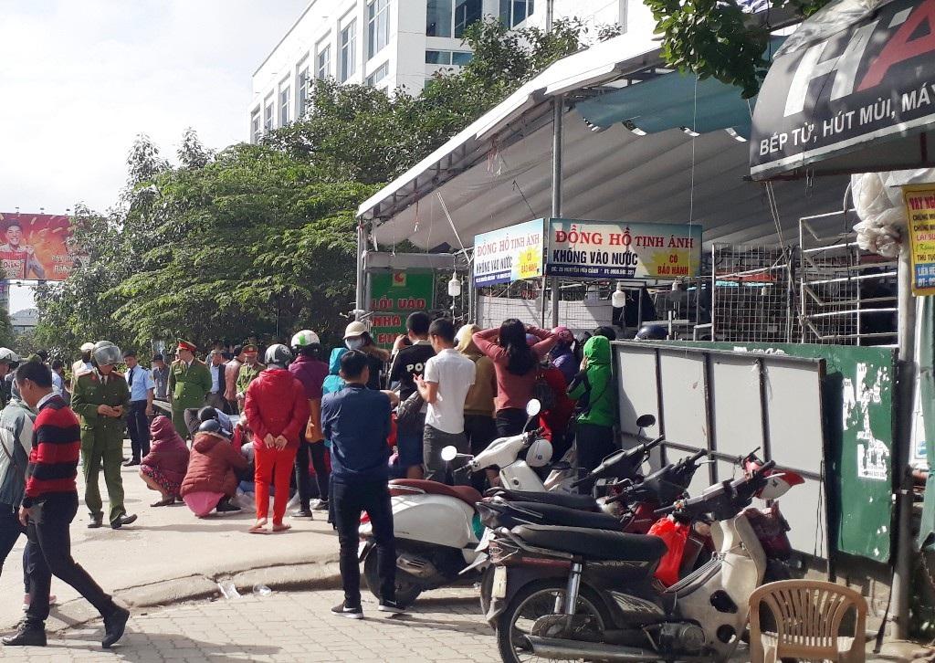 Phong toả trung tâm mua sắm trái phép chống lệnh Chủ tịch tỉnh Thừa Thiên Huế! - Ảnh 3.