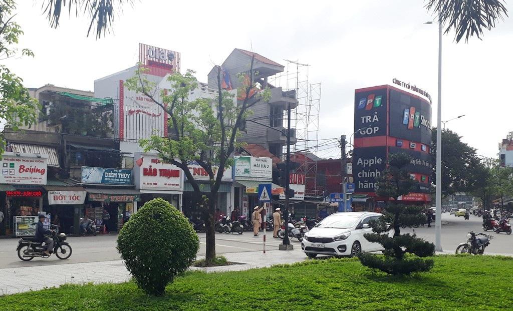 Phong toả trung tâm mua sắm trái phép chống lệnh Chủ tịch tỉnh Thừa Thiên Huế! - Ảnh 5.
