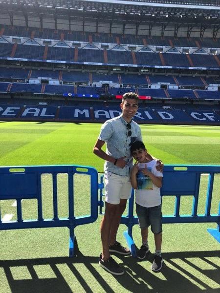 """Bản sao của C.Ronaldo bất ngờ gây """"bão"""" cho người hâm mộ - Ảnh 3."""