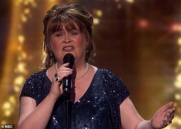 Susan Boyle bất ngờ tái xuất sau 10 năm trở thành hiện tượng âm nhạc - Ảnh 3.