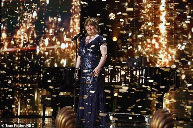 Susan Boyle bất ngờ tái xuất sau 10 năm trở thành hiện tượng âm nhạc - Ảnh 2.