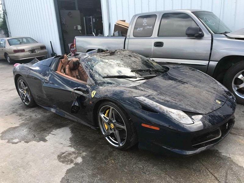 """Cận cảnh trục vớt một chiếc Ferrari 360 bị """"thuỷ táng"""" - Ảnh 4."""