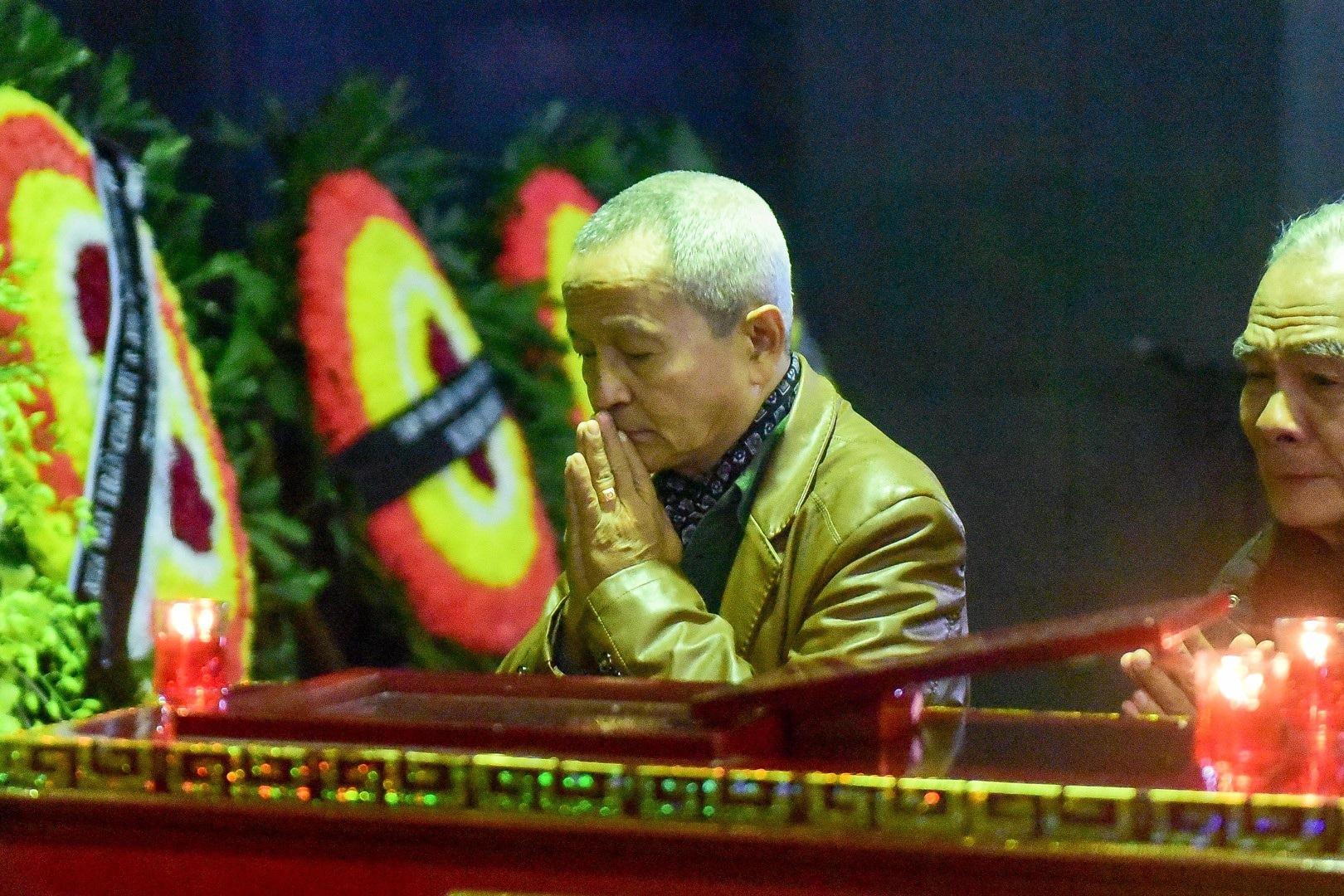 Đông đảo bạn bè, văn nghệ sĩ đến tiễn đưa nhà thơ- nhạc sĩ Nguyễn Trọng Tạo - Ảnh 18.