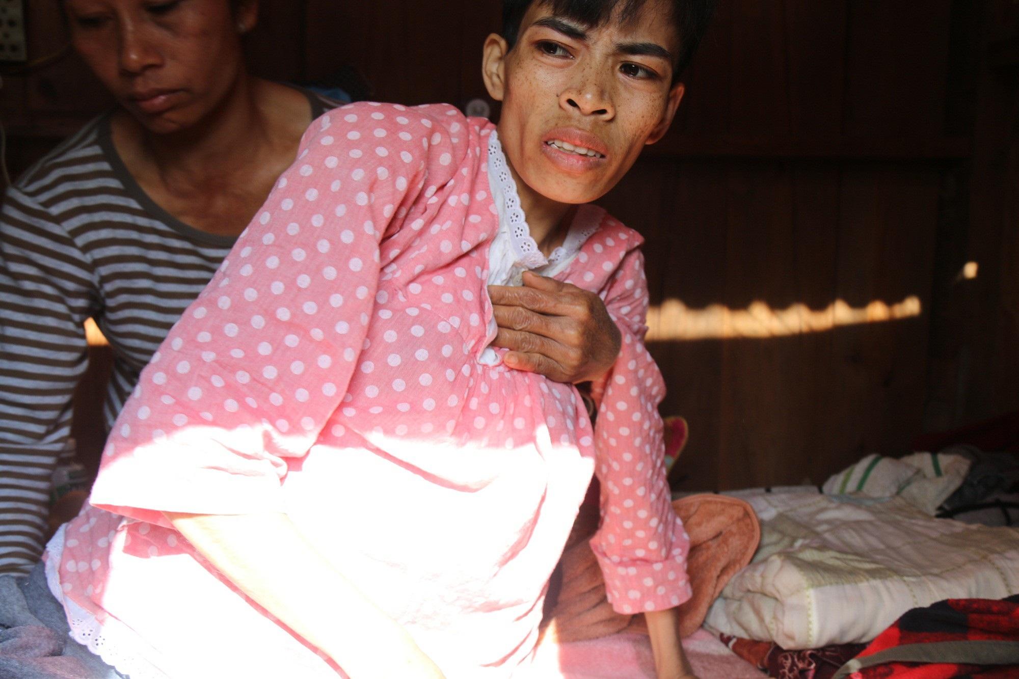 Đớn đau thiếu phụ bị ung thư đánh đổi mạng sống để sinh con - Ảnh 2.